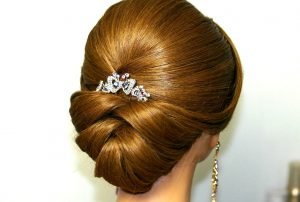simple wedding hairstyle