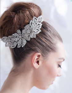 bridal hairstyle with jewellery
