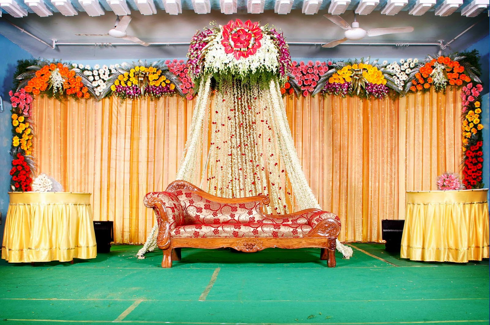 Stage decoration quotes top 50 most stunning beautiful bridal stage decoration quotes junglespirit Gallery