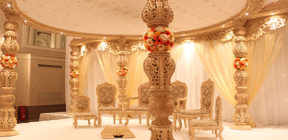 Best wedding stage decoration idea for indian weddings for Asian wedding decoration