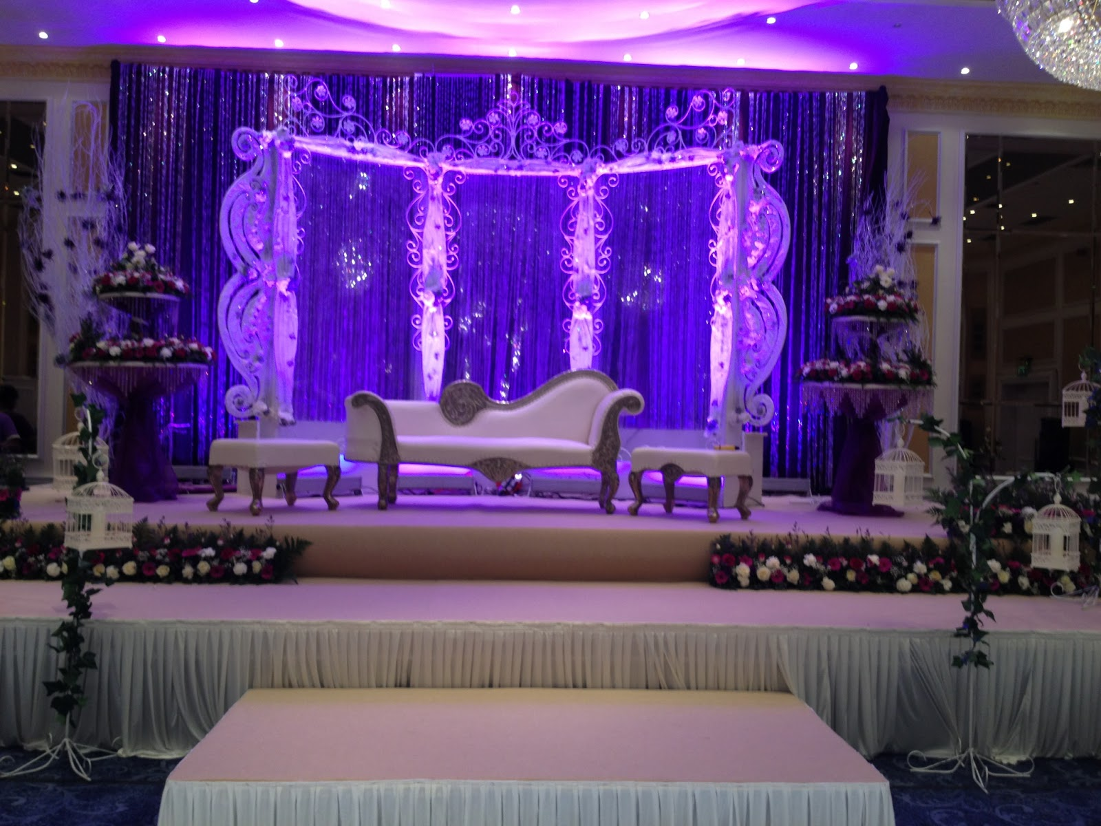 Best wedding stage decoration idea for indian weddings for Asian wedding stage decoration london