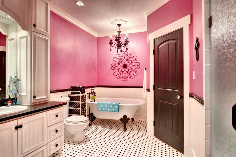 Top 10 best indian homes interior designs ideas for Small indian bathroom designs