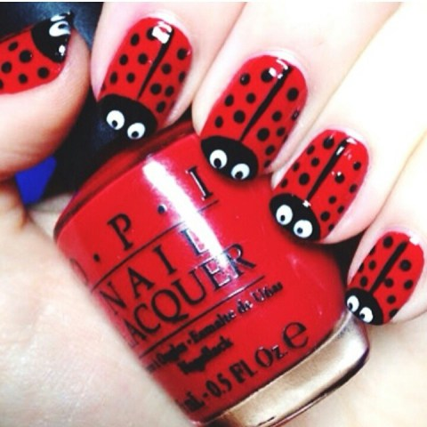 red nail paint pattern