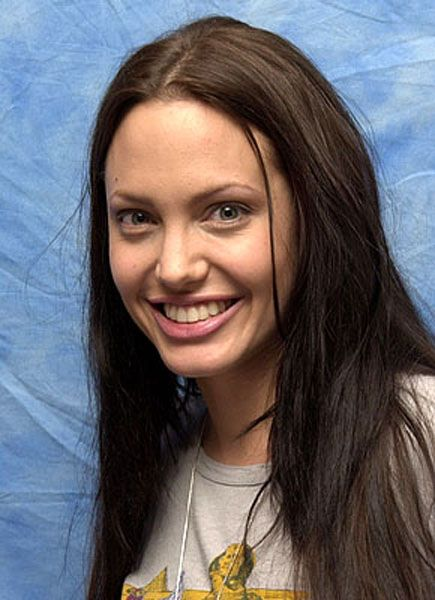"Angelina Jolie Press Conference for ""Tomb Raider"" Four Seasons Hotel Beverly Hills, California USA June 2, 2001 Photo by Avik Gilboa/WireImage.com To license this image (187318), contact WireImage: +1 212-686-8900 (tel) +1 212-686-8901 (fax) sales@wireimage.com (e-mail) www.wireimage.com (web site)"