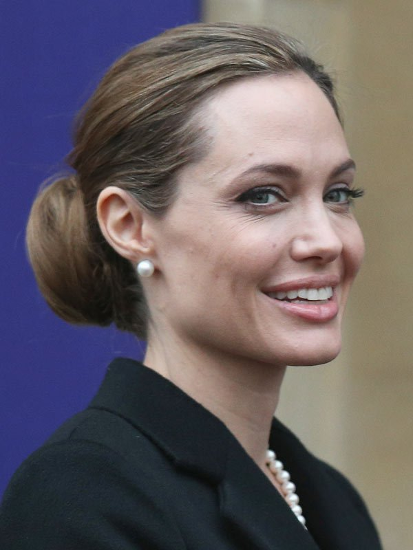 Angelina Jolie Without makeup Wallpapers HD Images