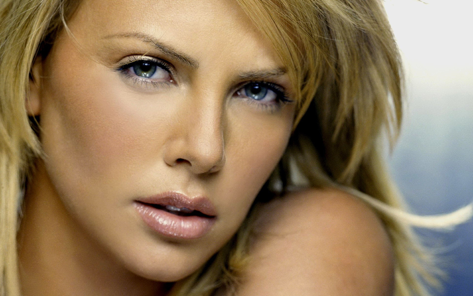Charlize Theron beautiful eyes sexy eyes Pretty eyes images