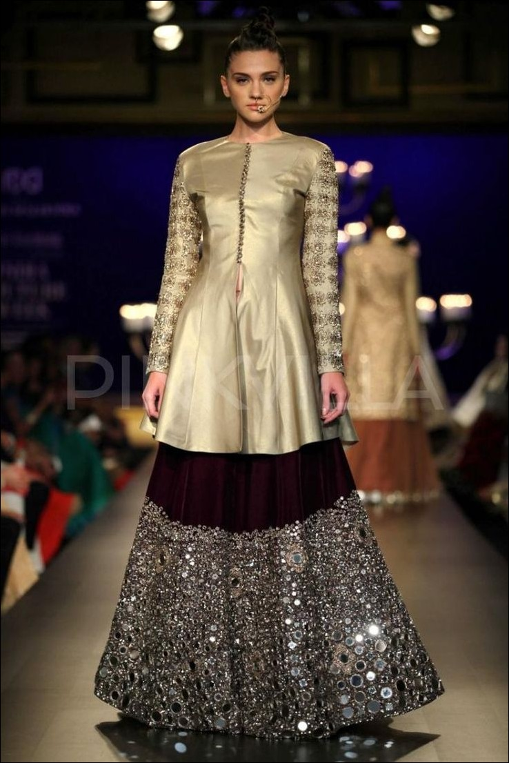 Best 50 bridal lehenga collection 2017 by top 10 indian for Top designer wedding dresses 2017
