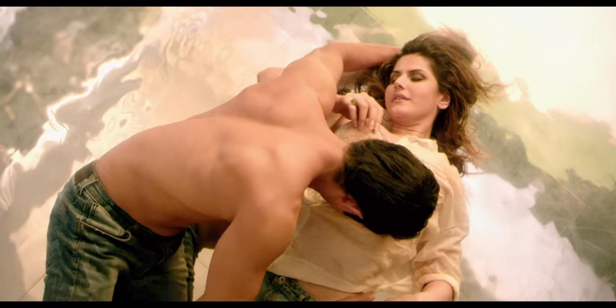 hate story 3 zareen khan hot photo