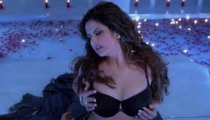 hate story 3 hot bikni images