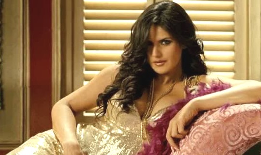 hate story 3 actress hot image