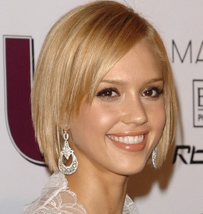 short straight bob hairstyle 2016