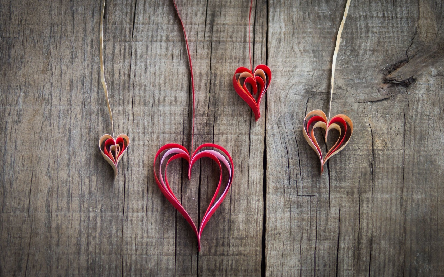 Romantic-Love-Heart-Shaped-Wallpaper For Window