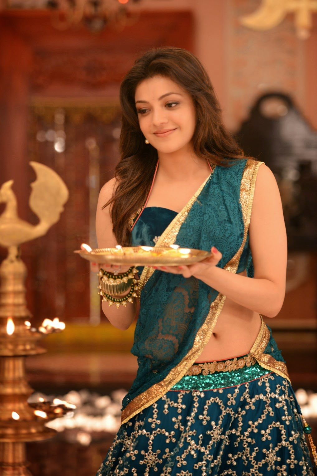 hot! top 35+ kajal aggarwal wallpapers hd images photos collection