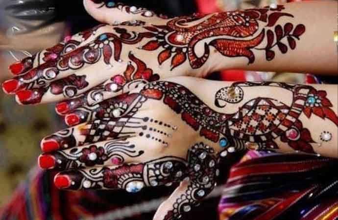 glitter mehndi designs for bridal