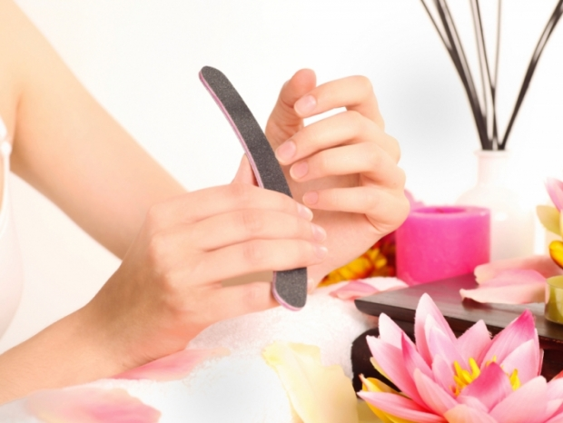 easy steps for manicure at home