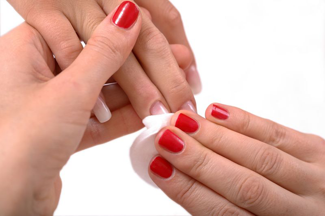 how to do manicure at home naturally