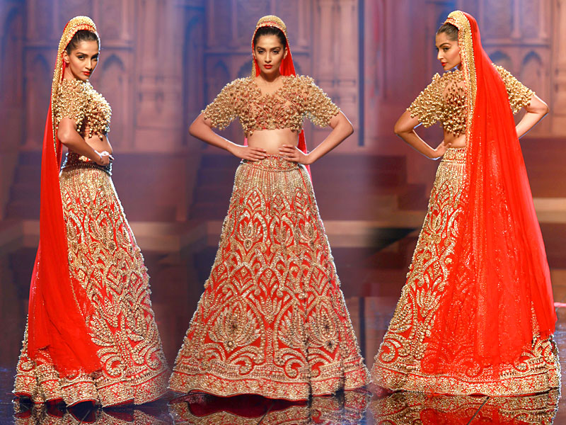 Best 50+ Bridal Lehenga Collection 2018 By Top 10 Indian Bridal ...