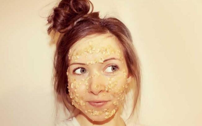 banana and oatmeal To Remove Facial Hair