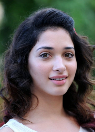 Tamanna Face: 14+ Images Of Tamanna Bhatia Without Makeup Which Might