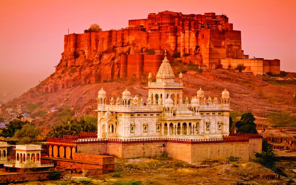 cheap destination places in India