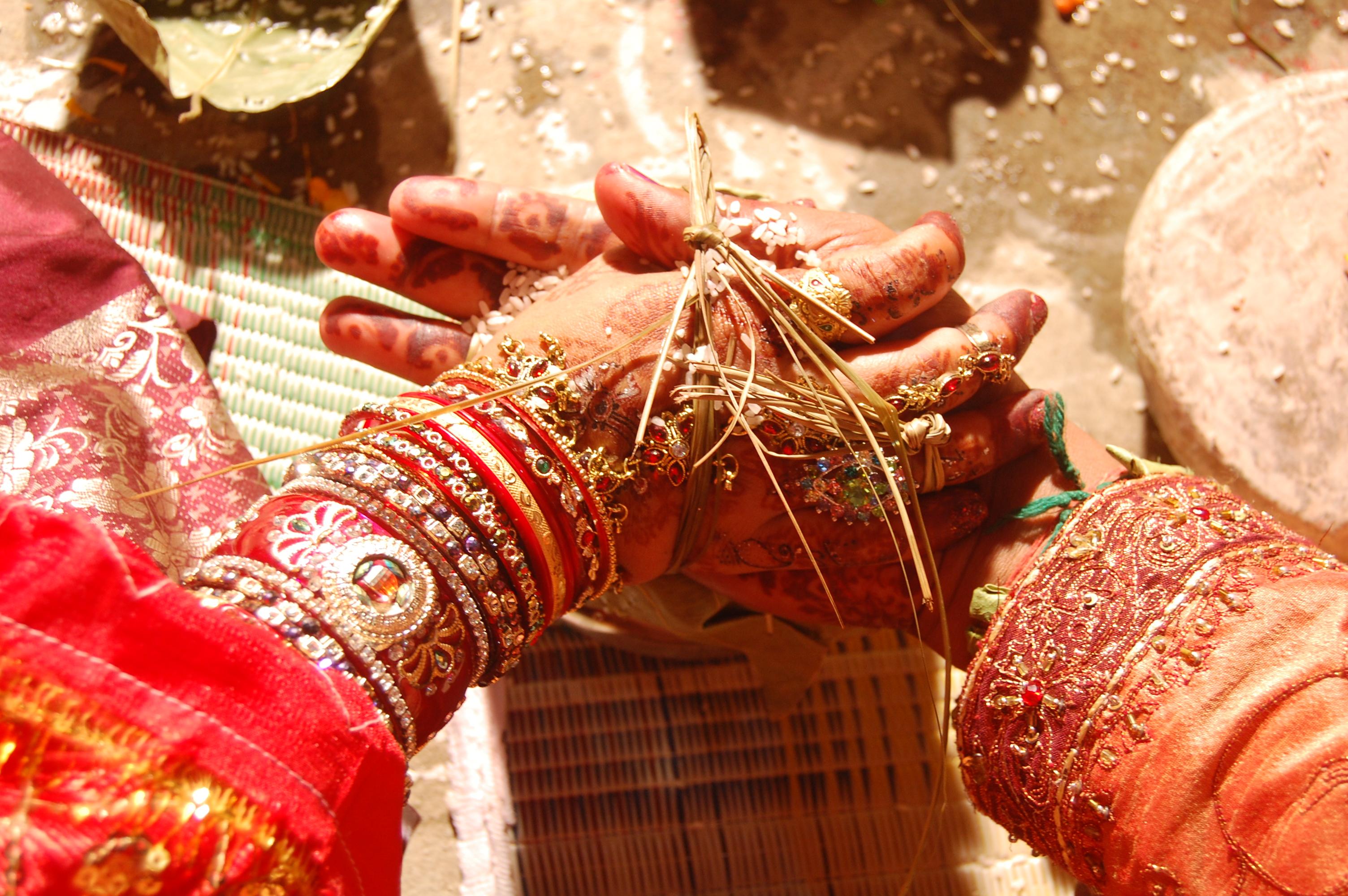 happy anniversary hindi messages